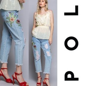 POL Distressed boyfriend fit jeans with flowers